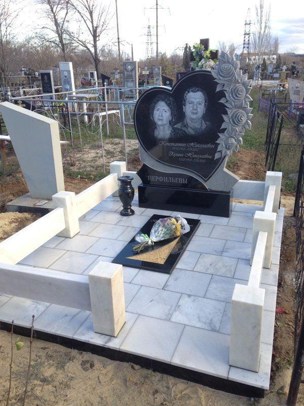 Памятники на могилу в волгограде памятник пушкину в йошкар оле
